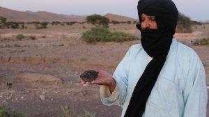 مغربي يصدر أول دليل عربي وافريقي مفصل للنيازك