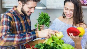 دراسة: النباتيون أقل عرضة للإصابة بأعراض «كورونا» الشديدة