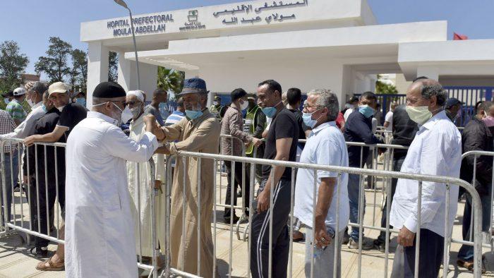 المغرب يُسجل 551 إصابة وثلاث وفيات بكورونا خلال 24 ساعة