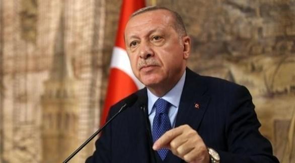 إستقالة 2500 عضو من حزب أردوغان وإنضمامهم للمعارضة